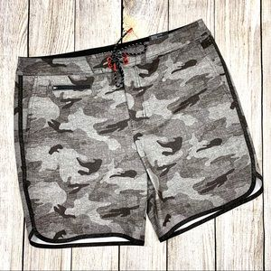 American Eagle Outfitters | Mens Camo Board Shorts